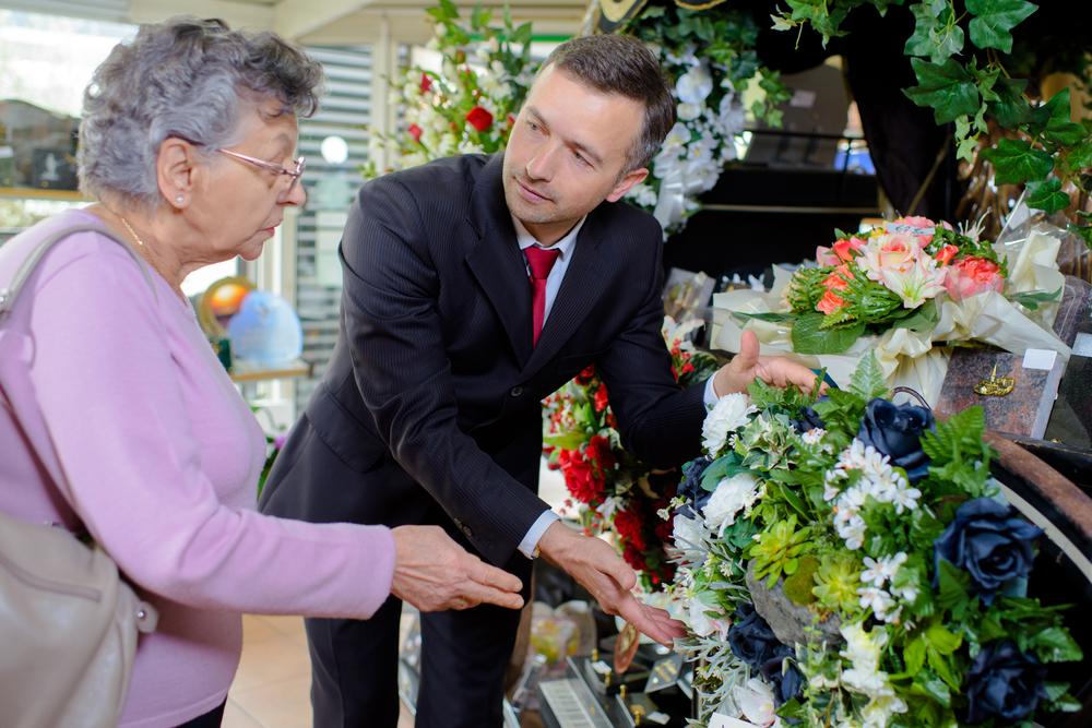 Quel est le rôle des entrepreneurs de pompes funèbres ?